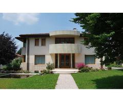 Casa indipendente 700 mq, buono stato, Treviso